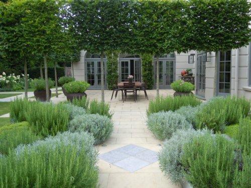 Landscape Architect Visit: A Refined Kitchen Garden by Richard Miers - Gardenista