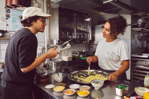 Live-Workshop! Veganes Couscous à la Zizi | GaultMillau – Channel