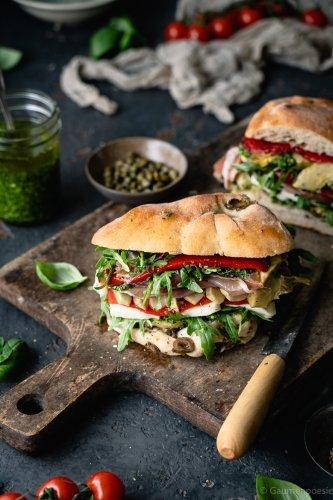 Italienisches Antipasti Sandwich - Gaumenpoesie