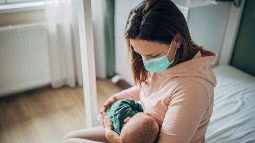 Covid-19 testi pozitif olan annelerin sütünde virüse rastlanmadı