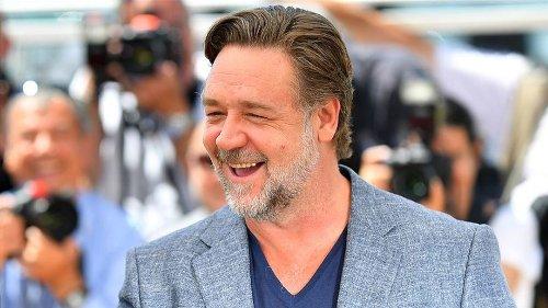 Russell Crowe bu kez 'milyarder Jake' olacak