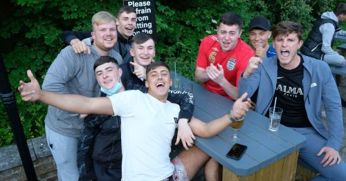 'Come on England': Photos of Teessiders enjoying match against Czech Republic