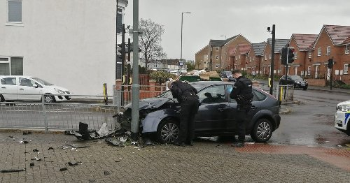 Car 'mounted pavement' forcing pedestrians to flee in police chase