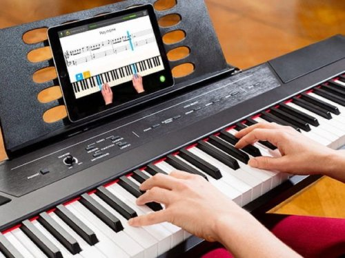 Skoove Premium Piano Lessons: Lifetime Subscription - Geeky Gadgets