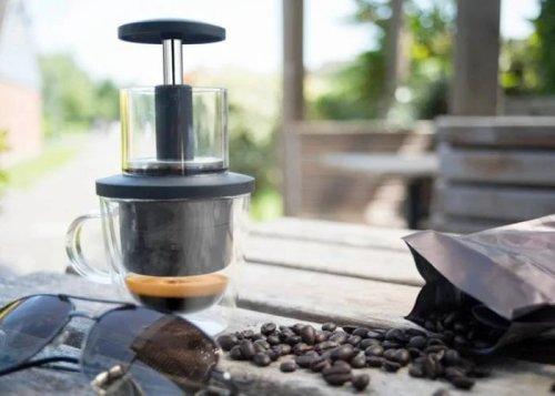 CoffeeJack portable coffee maker - Geeky Gadgets
