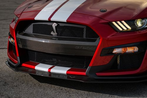 Ford Performance unveils carbon fiber accessories for the GT500 - Geeky Gadgets
