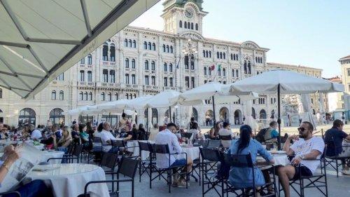 Stadtbummel durch Triest: Immer der Kaffeebohne nach