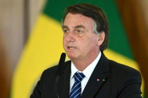 Brasilianische Senatoren fordern Klage gegen Bolsonaro wegen Corona-Politik