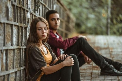 Toxische Beziehung: 8 Warnsignale im Überblick