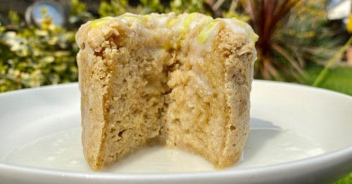 Dreamy lemon drizzle baked oats recipe everyone needs to try