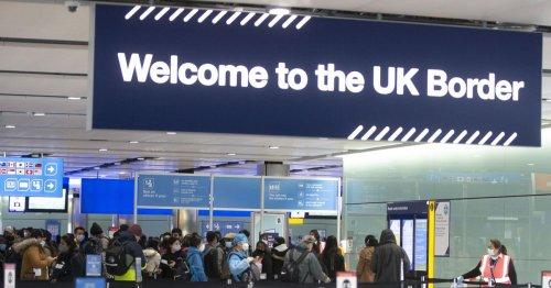 Heathrow updates as Border Force e-gate failure causes queues