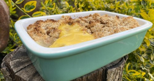 The best buttery crumble recipe for apple, rhubarb or berries