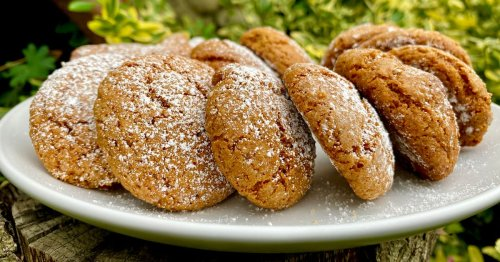 Try this simple gingerbread biscuit recipe that you'll love