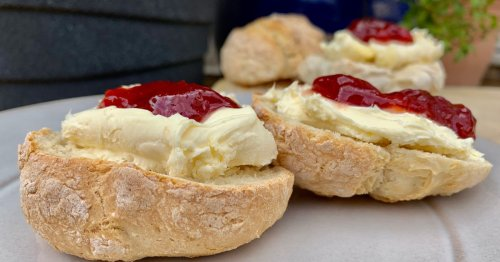 Quick and healthy scone recipe with 3 unexpected ingredients