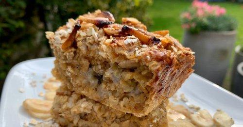 Banana bread baked oats is the ultimate healthy breakfast recipe