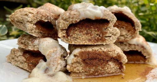 How to make super healthy cinnamon roll baked oats for breakfast