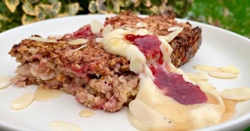 Try our healthy bakewell baked oats breakfast recipe
