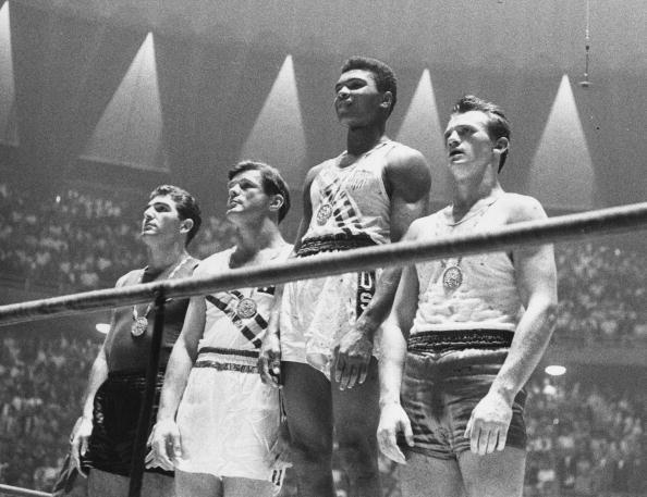 Muhammad Ali wins gold in Rome