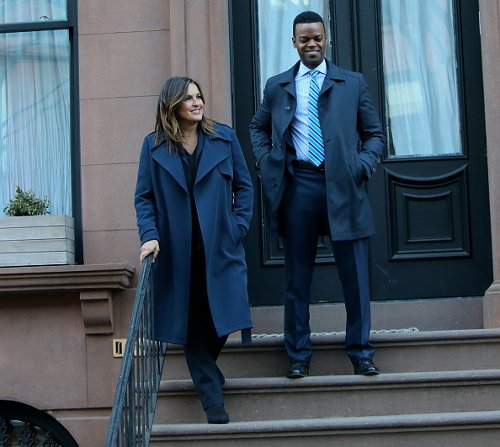 Demore Barnes and Mariska Hargitay