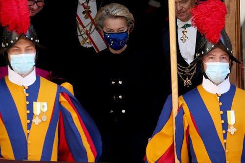 Ursula von der Leyen dopo un'udienza privata con Papa Francesco