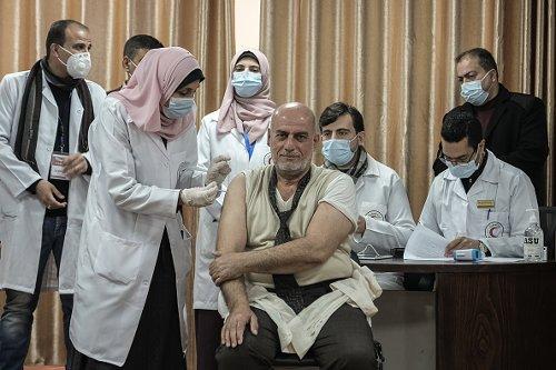 Vaccines arrive in Palestine