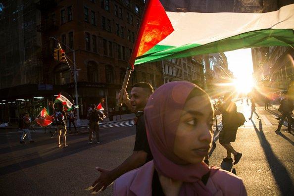 Manifestanti pro-palestinesi a New York.