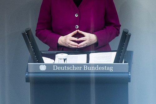 Merkel revoca il lockdown errore e chiede scusa ai cittadini