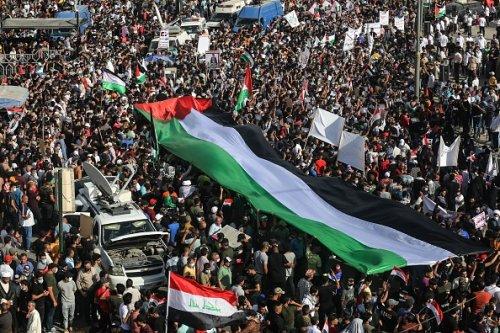 Manifestazione di solidarietà per i palestinesi a Baghdad