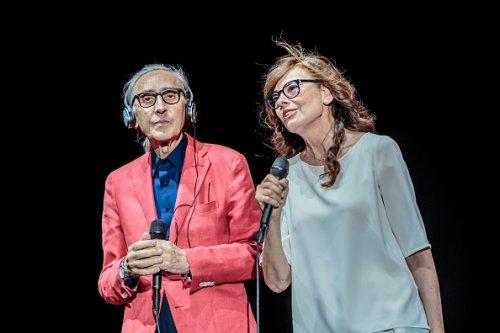 Franco Battiato e Alice per lo Street Music Art Festival a Milano nel 2016