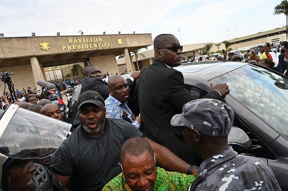 L'ex presidente della Costa d'Avorio Laurent Gbagbo torna a casa
