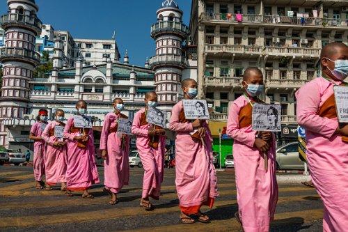 Buddhist nuns participate