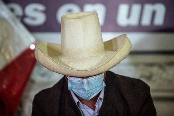 Castillo ha vinto le elezioni in Perù, ma non è ancora presidente