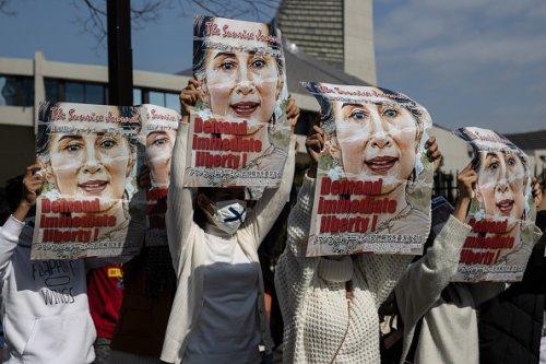 Tokyo: manifestanti contro il colpo di stato militare in Myanmar