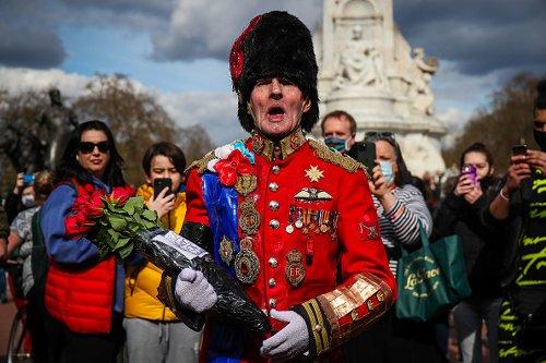 Regno Unito in lutto per la morte del Principe Filippo