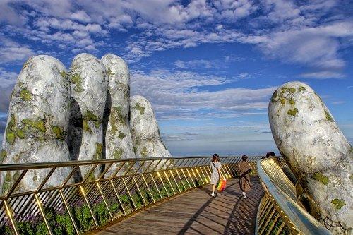 """Vietnam's """"Golden Bridge"""""""