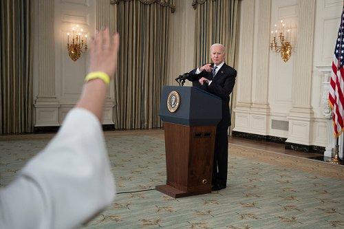 Il presidente degli Stati Uniti illustra il piano vaccinale