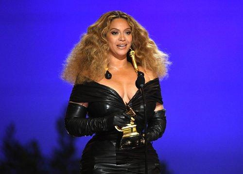 Beyoncé entra nella storia con 28 Grammy Award in carriera