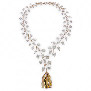 World's Most Expensive Necklace Sets a Guinness Record - L'Incomparable - GIA 4Cs
