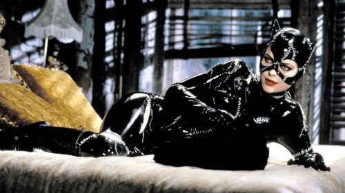 The Michelle Pfeiffer Catwoman Solo Movie Is A Wild Ride