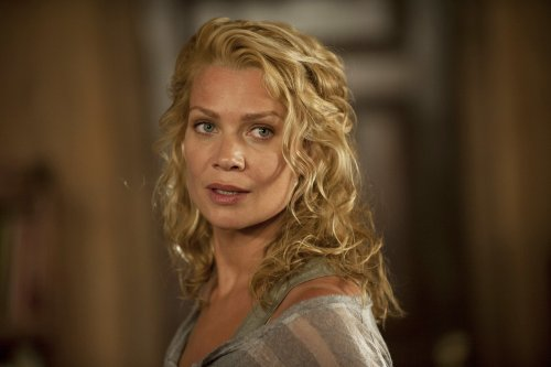 Laurie Holden: From Walking Dead To Real-Life Hunter Of Sex Criminals