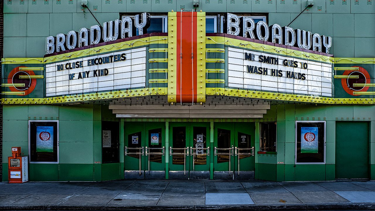 Why Movie Theaters Need To Die