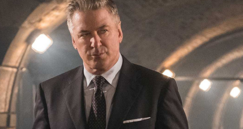 How Alec Baldwin Deleted His Twitter And Blamed Gillian Anderson