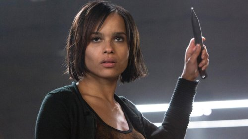 Will Zoe Kravitz Actually Wear A Catwoman Suit In The Batman? Here's The Answer