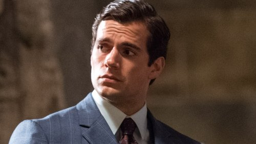 Henry Cavill Pushes Back Against His Fans, Tells Them To Cut It Out