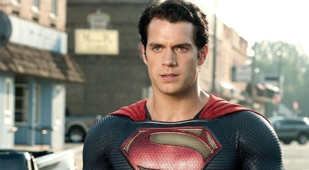 See Henry Cavill In The Classic Superman Costume