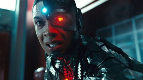 Ray Fisher Responds To Being Cut Out Of The Flash On Twitter