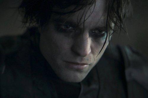 Robert Pattinson's The Batman Isn't Part Of The Prime DC Movie Universe