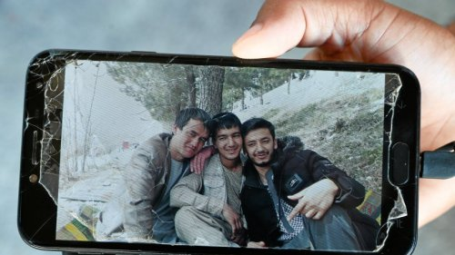 Handydaten: Flüchtling klagt erfolgreich gegen Bamf