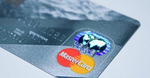 Mastercard stellt Service ein: Millionen Bankkunden werden Schranken auferlegt