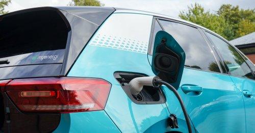 Forscher schließen sich ADAC an: E-Autos stehen vor großem Problem